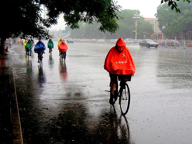 Best Cycling Jacket 2018 Guide Waterproof Amp Windproof