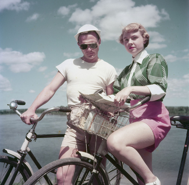 """Darling, I feel so cool in my bog standard cotton shorts."""